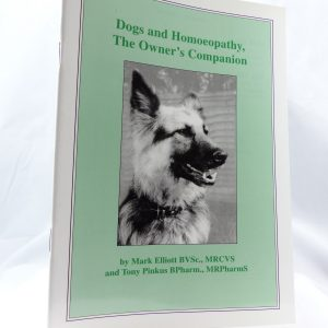 Ainsworths DOGS & HOMEOPATHY OWNERS COMPANION-0